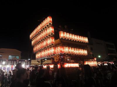 夜の山車行列は穴場「岸和田だんじり祭り」