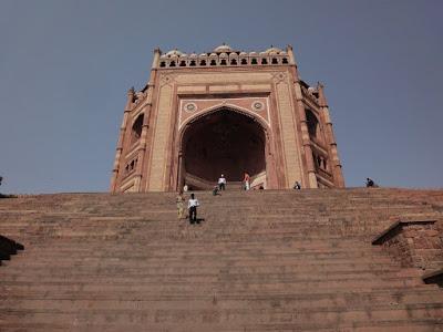インドの旅「ムガルうたかたの王都ファテープルシークリー」