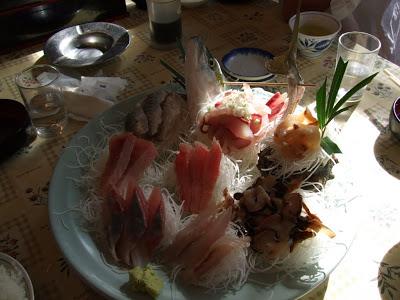 地魚好きなら外せない、保田漁港直営「ばんや」