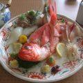 岩漁港の地魚の店「岩忠旅館」(神奈川県 真鶴半島)