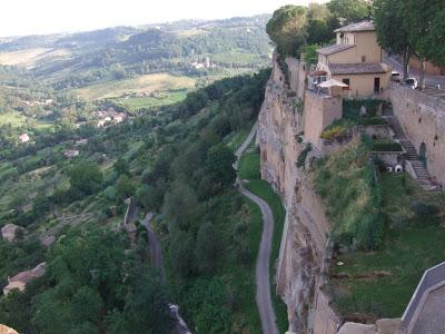イタリアの旅「ウンブリアの丘の街 オルヴィエート」