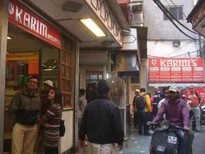 インド オールドデリーのムガル料理の老舗「karim's Hotel」