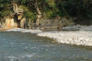川そのものが露天風呂「川湯温泉」