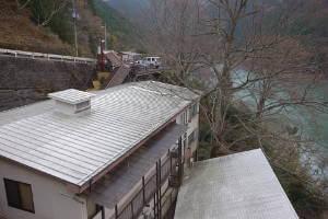 入之波温泉元湯 山鳩湯-大台ヶ原山麓の秘境湯